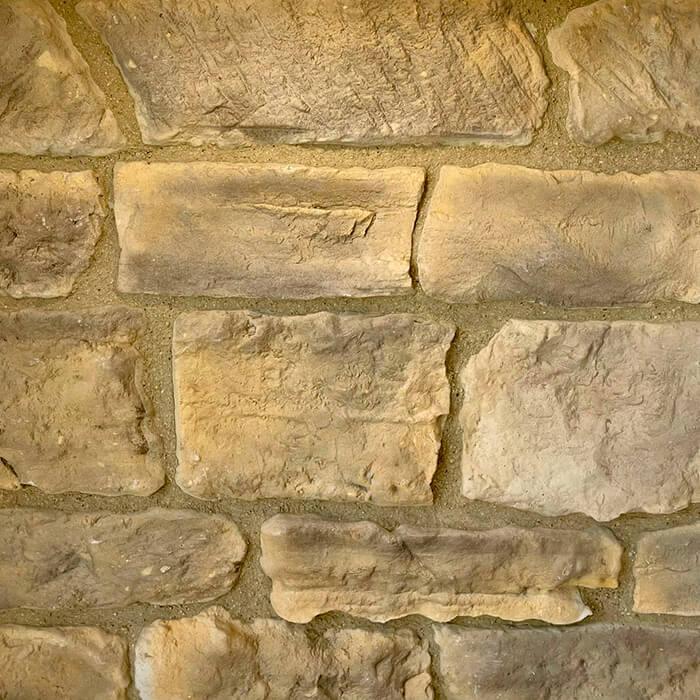 rivestimento con mattoncini in pietra ricostruita