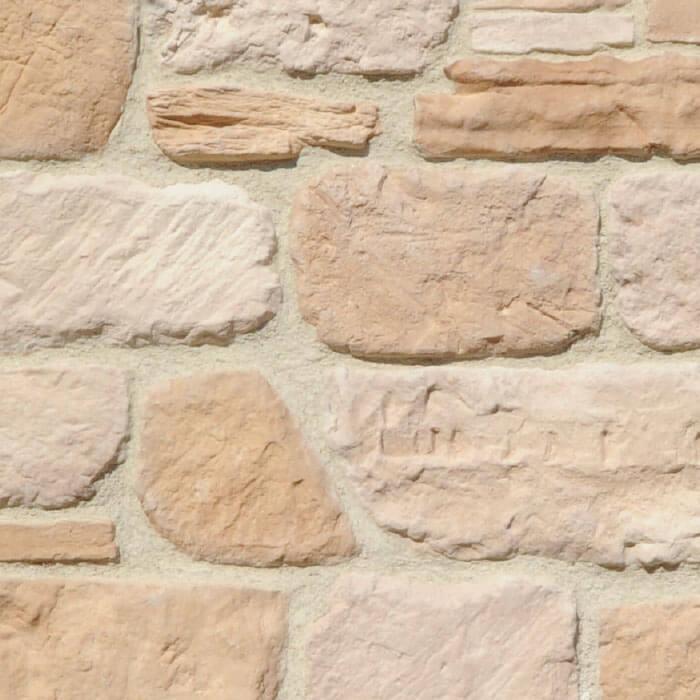 muro con mattoncini diversi colori