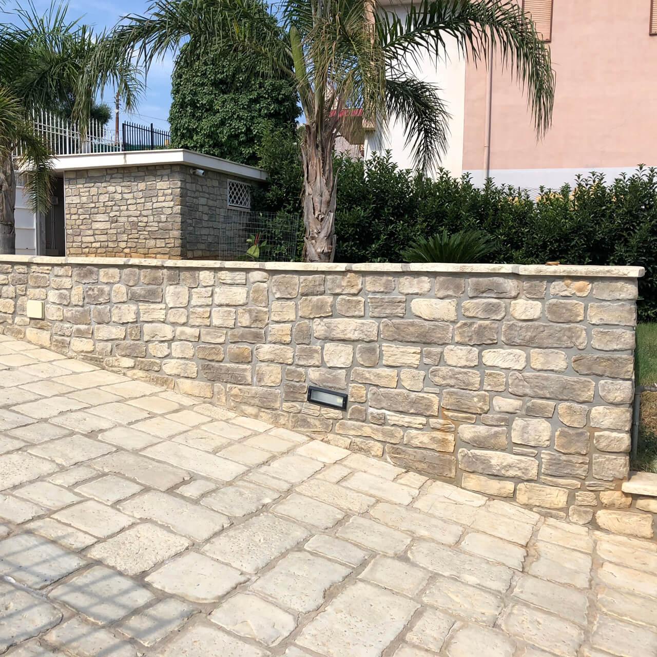 roccia antica rivestimento esterno con mattoncini