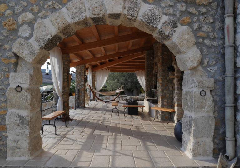 pavimento in pietra effetto antico casolare